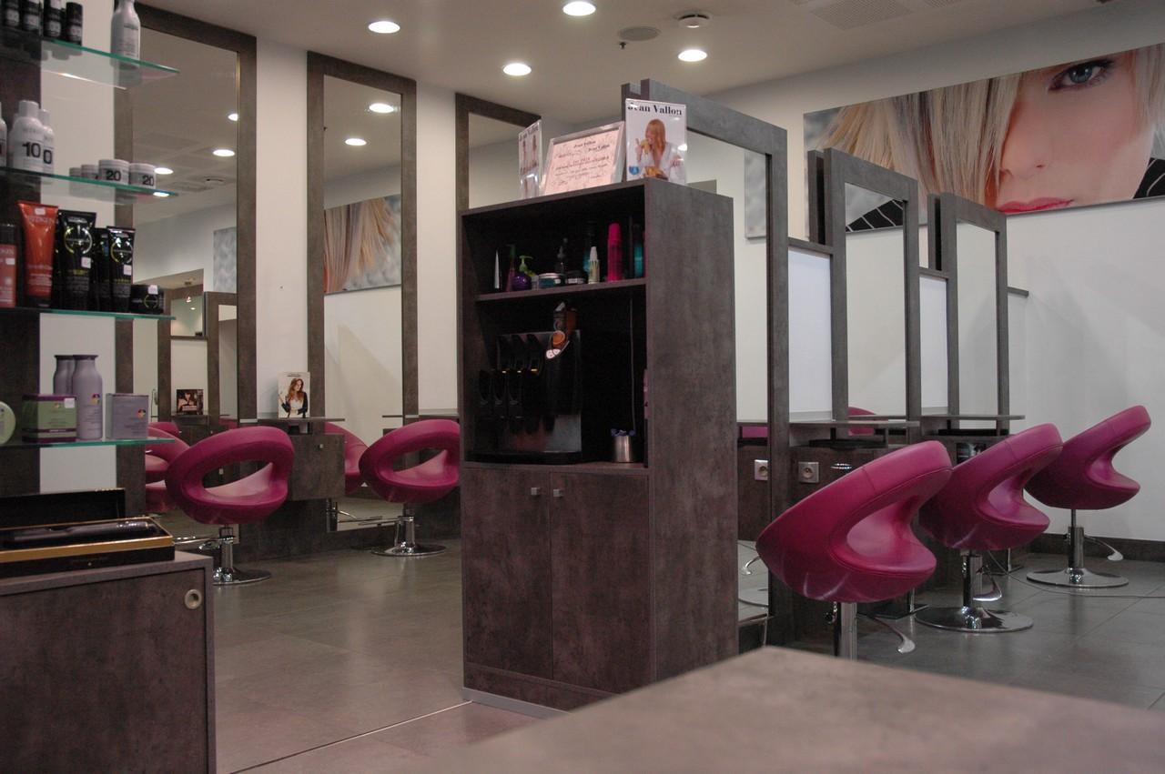 Jean vallon advanced jean vallon advanced montpellier odysseum - Salon de coiffure le mistral ...
